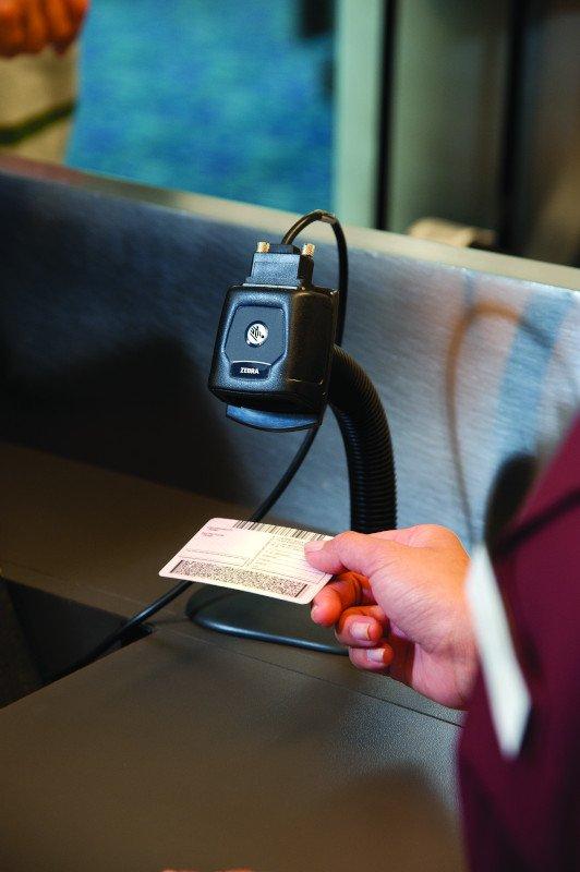 DS457 TSA ID Scan CloseUp LEN1309 tiff cmyk - Zebra DS457